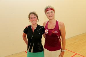 一Isabelle Tweedle and Fran Wallis (wearing lucky top!)