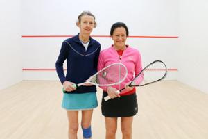 WO55 Match 5 Susan Pynegar vs Lynne Davies